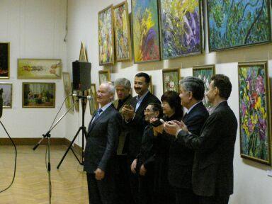 Выставка Узбекский квадрат в ЦДХ
