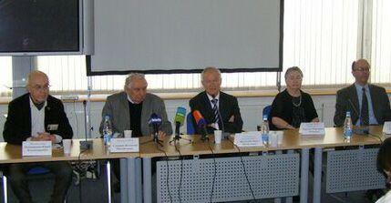 XIV Московский международный художественный салон ЦДХ-2011 - Пресс-конференция, посвященная открытию